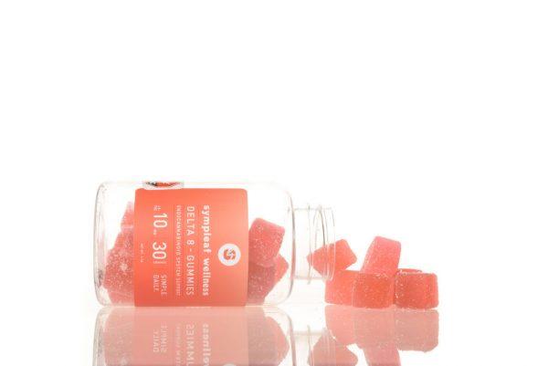 Delta 8 Gummies 10mg (30ct) from Sympleaf Wellness